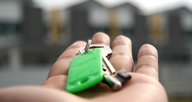 nieruchomości sprzedaż